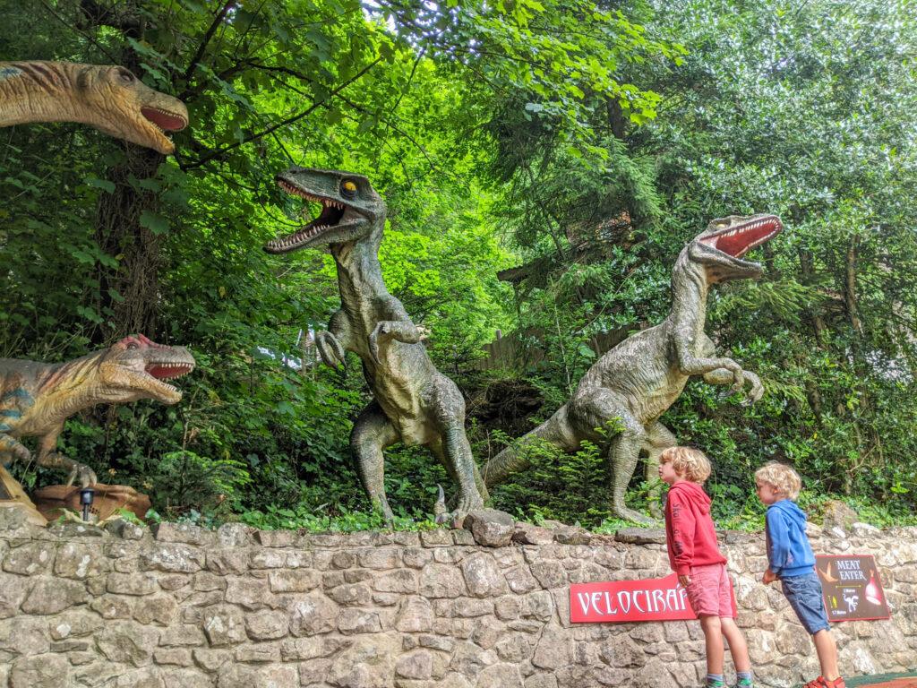 Gullivers T-Rex Treks