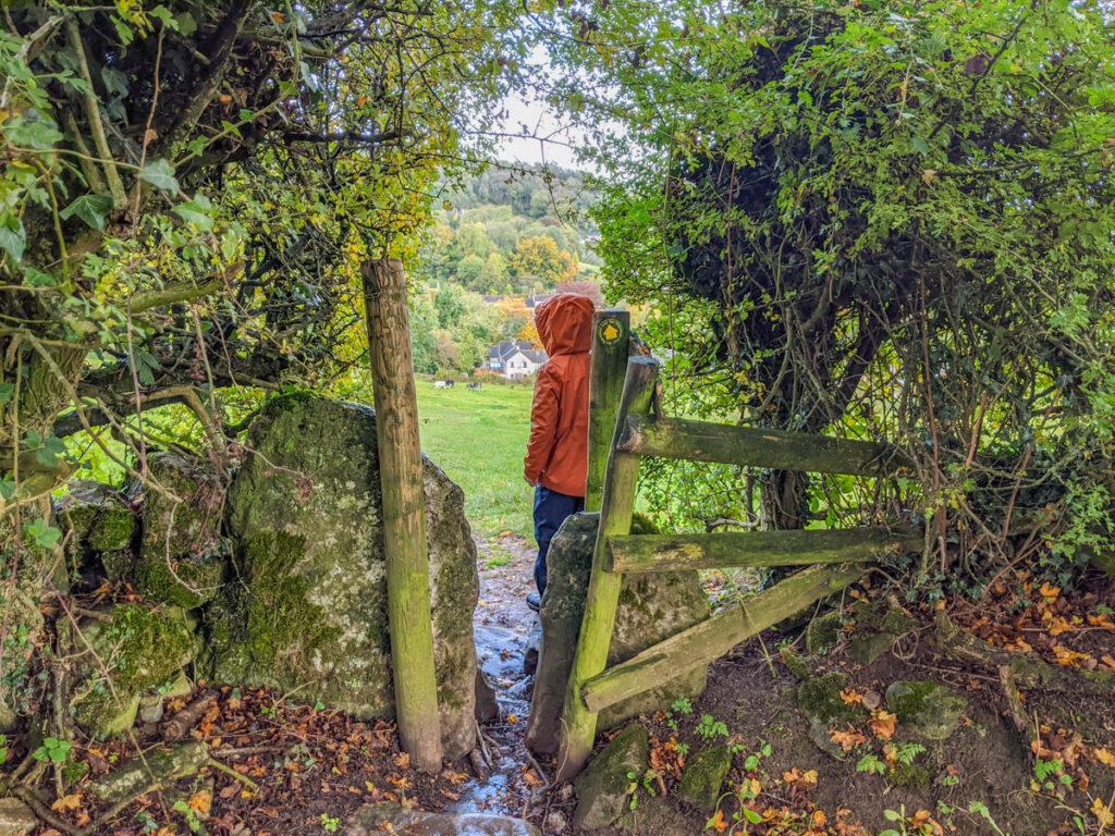 Tissington walk to Parwich