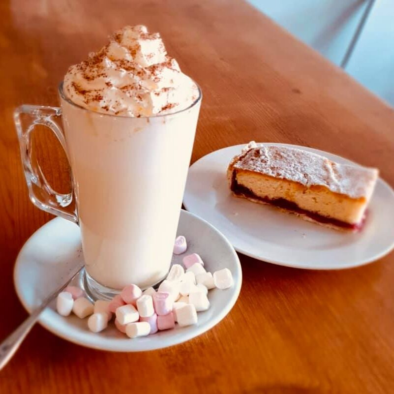 Union Bakewell white hot chocolate