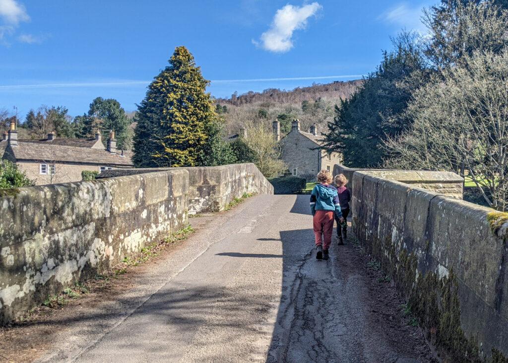 River Derwent walk from Curbar to Froggatt