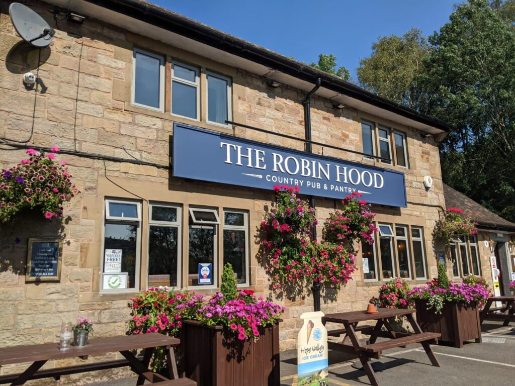 Robin Hood pub, Baslow