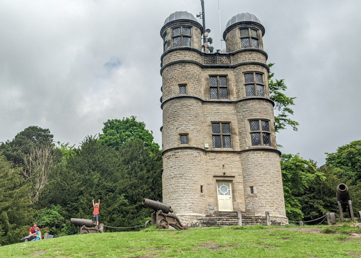 Chatsworth Hunting Tower and Aqueduct walk (circular, 1.9km)