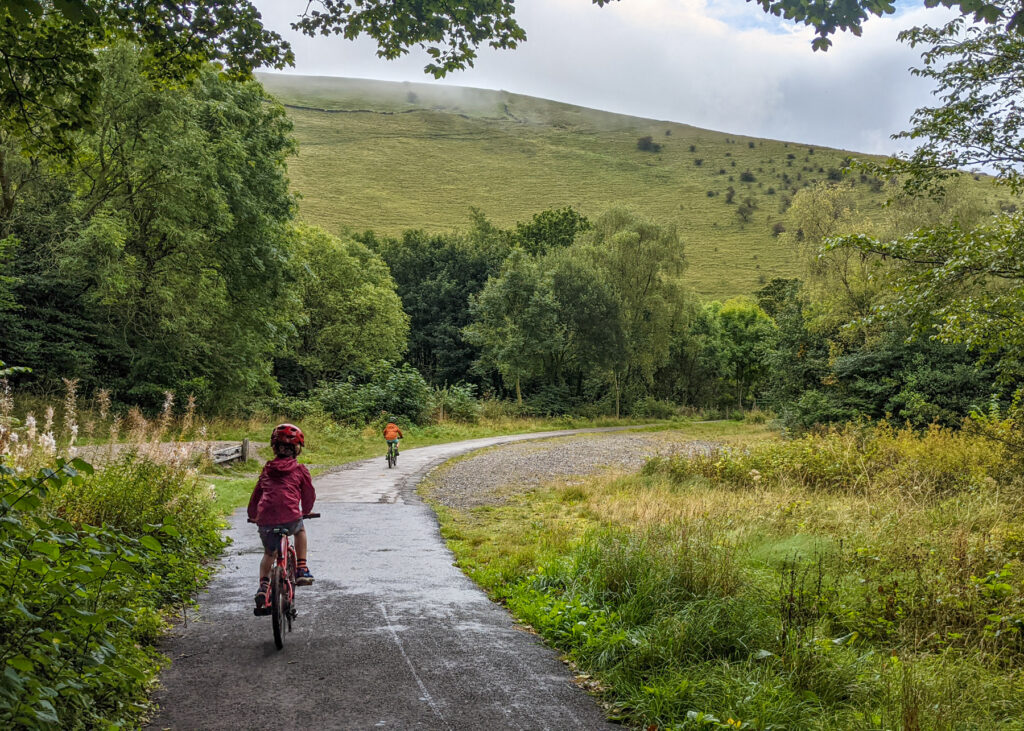 cycling the Manifold Trail